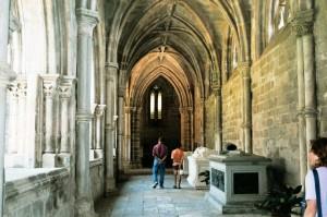 ptg2001_506_evora_cattedrale_chiostro