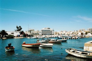 ptg2001_520_faro_porto_turistico