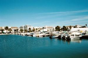 ptg2001_521_faro_porto_turistico