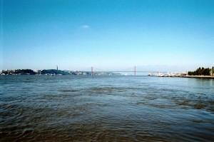 ptg2001_611_lisbona_fiume_tejo