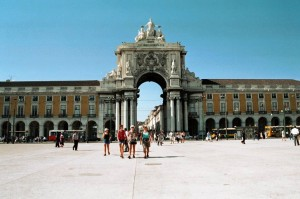 ptg2001_lisbona_piazza_commercio