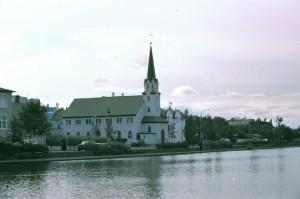 isl2002_1_03_Reykjavik_Veduta