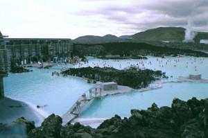 isl2002_1_10_Reykjavik_Laguna_blu