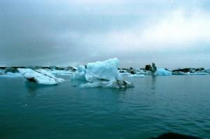 isl2002_3_26_Vatnajokull