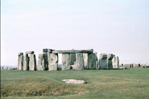 crn2003_104_stonehenge4