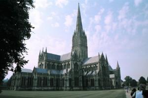 crn2003_107_salisbury_cattedrale2