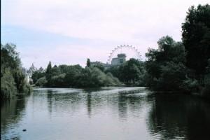 crn2003_204_london_st_james_park