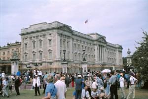 crn2003_208_london_buckingam_palace
