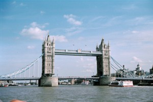 crn2003_214_london_tower_bridge