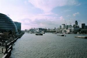 crn2003_222_london_tamigi