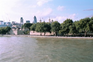 crn2003_223_london_tamigi