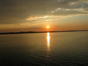 hrt2004_0507_navigazione_tramonto