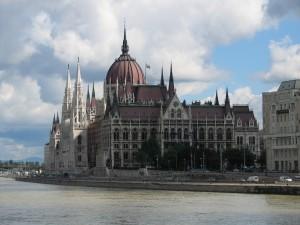 dan2006_052_budapest_parlamento