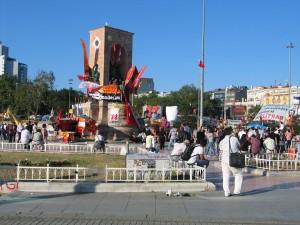 IMG_003_Istanbul_Piazza_Taksim