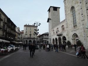 Como_080_Duomo_030_Broletto