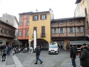 Como_090_Piazza_San_Fedele_020