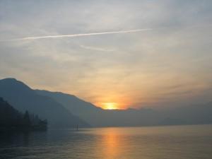 Lago_di_Como_Tramonto_2006